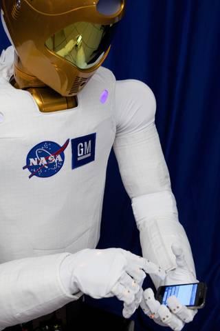 Robô R2 Fonte: NASA